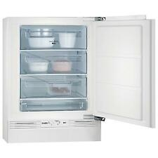 Built - in AEG Fridges & Freezers