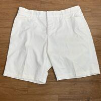 JM Collection Womens Shorts Sz 14 White Bermuda Casual Walking Summer NC12