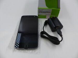 MOTOROLA XT1650M MOTO Z 32GB BLACK VERIZON UNLOCKED CELL PHONE W/ CHARGING CORD