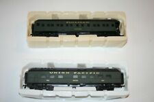 HO Gauge-Scale Train Car Set