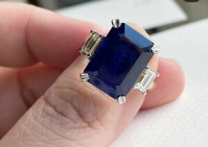 Natural blue sapphire ring 2 toned 18k white gold