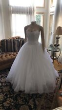 Stunning Wedding Dress!!   Signature Tulle Ball Gown With Fitted Bodice Size 8