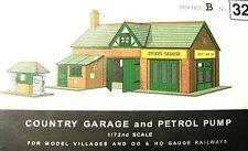 SUPERQUICK GARAGE & PETROL PUMPS    B32    KIT