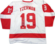 Steve Yzerman Signed Red Wings Custom Jersey Size XL LEAF Authentication