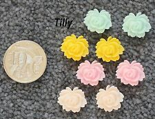 Resin Cabochon 4 Pairs 4 Colours Tilly Retro Flowers