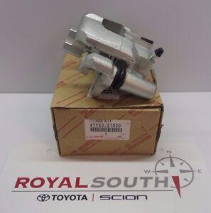 Scion tC 2005 - 2010 Left Rear Brake Caliper Set Genuine OEM OE