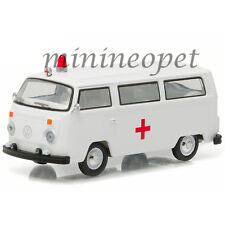 GREENLIGHT 29840 E 1975 VW VOLKSWAGEN TYPE 2 BUS AMBULANCE 1/64 DIECAST WHITE