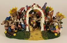 Charming Tails - Friendship is Garden - 98/485 Fitz and Floyd Signed Dean Griff