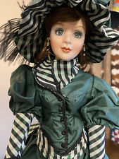Franklin Heirloom Mint porcelain Doll Colleen Of County Cork Musical Doll