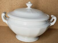 Hutschenreuther Gelb Bavaria L-H-S White 2 Handle Soup Tureen 12 Cup Bowl