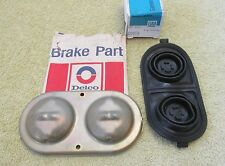 NOS 1968-79 Chevy Pontiac Olds Disc Brake Master Cylinder Lid Set GM 5455516 517