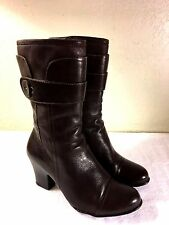Born Crown womens dark brown leather zipper boots size 8 Nice Shape