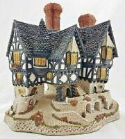 David Winter Cottages - Falstaff Manor - 1986 Numbered 7511