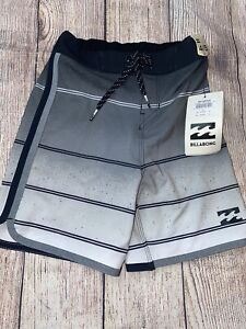 Billabong Sz 4 Board Shorts Swim Trunk No Lining Black Gray NEW