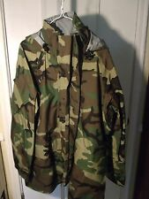 US MILITARY ECWCS GORE TEX Wet COLD WEATHER WOODLAND CAMO PARKA  LARGE REGULAR