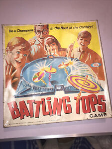 """VINTAGE BOXED """" BATTLING TOPS """" GAME BY IDEAL 1960s"""