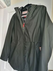 Hunters raincoat M