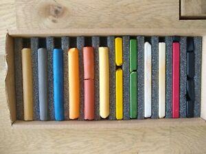 Vic Bearcroft Wildlife Pastels Set of 12 - Faber Castell + Ashby - Hard + Soft