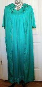 USA Made Nancy King Lingerie Tea Length Robe Size 1X Emerald #785Q
