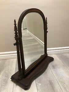 "Antique Berkey & Gay Furniture Walnut & Gumwood Shaving Stand Mirror, 25"" Tall"