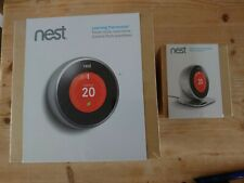 Nest Thermostat 2nd Generation with Stand, BNIB