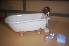 Puppenhaus Badezimmer 5 Teilig  Porzellanwanne 2x Badesalz und Handtücher 1:12