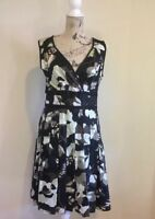 REGATTA Women's Floral Dress - Size 12 - Sleeveless - Pleated Skirt - Fitted Top