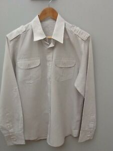 "White Grey Pinstripe Cotton Shirt.  44"" Chest.  <N1316z"