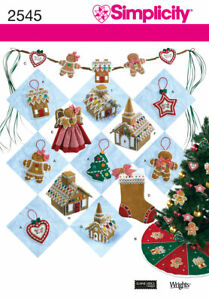 Simplicity 2545 Christmas Decorations Tree Skirt Ornaments Uncut Sewing Pattern