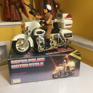 VINTAGE SUN TA TOYS LARGE SCALE B/O POLICE MOTORCYCLE PERFECTLY WORKING W/BOX!!