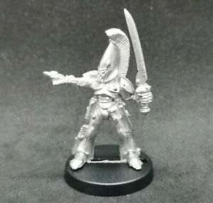 Eldar Captain/Leader Lessei Moondancer RT402 Metal OOP 1987 Rogue Trader Command