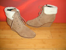 RIVER ISLAND LIGHT  BROWN SUEDE LEATHER  ANKLE WEDGE BOOTS EU 41  *3*