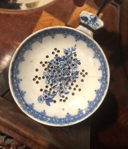 18th Century Caughley Porcelain English Blue & White Tea Strainer
