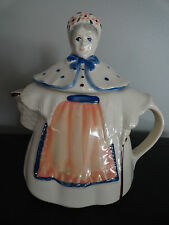 Vintage 1940's Shawnee Pottery Granny Ann Teapot - USA