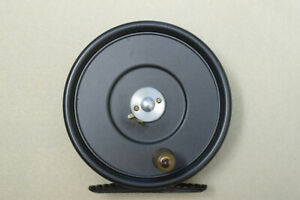 """Hardy Uniqua 3 3/8"""" Fly Reel in Excellent Condition with Original Box"""