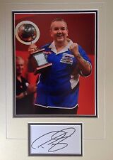 PHIL TAYLOR - LEGENDARY DARTS PLAYER - STUNNING SIGNED COLOUR PHOTO DISPLAY
