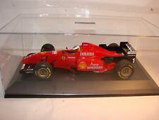 1/18 Ferrari F310T3 V10 Formel1 1996, Michael Schumacher in Vitrine