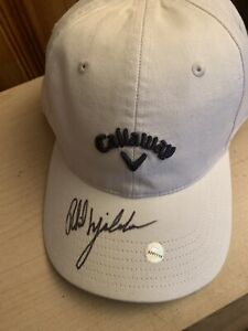 Callaway cap signed by Phil Mickelson.