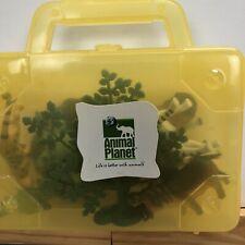 ANIMAL PLANET SERENGETI ANIMALS IN PLASTIC CARRYING CASE