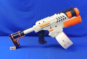 Tornado Strike Pump Action Super Soaker NERF 2009 Hasbro