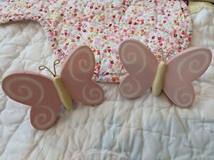 """Pottery Barn Kids 48""""- 88""""  White Metal Curtain Rod With Pink Butterfly Finials"""