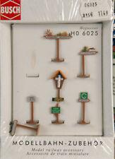 Busch 6025 H0 Bausatz Wegweiser 7 Stück Neu in OVP