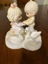 New Precious Moments Limited Edition 3000 Your Love Gives Me Wings Couple/Swans