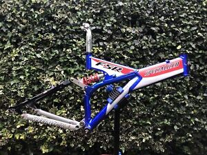 """Retro Specialized FSR 17.5"""" frame with BB, Rear Shock, Seat Post & seat clamp"""