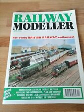 Railway Modeller Magazine - April 2003