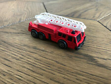 Maisto Fire Engine Truck with Moving Ladder COLLECTIBLE