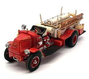 Danbury Mint 1/24 Scale FE52 - Mack AC Rotary Pumper Fire Engine