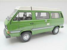 VOLKSWAGEN VW T3 A Bus Joker Camper grün Premium Classixxs 1:18 500 st. 30030
