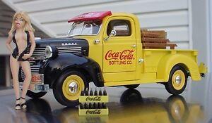 Dodge 1947 Coca Cola Pick Up Truck w Figurine & Soda Case Miniatures 1/24 Scale