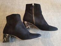 Size 5 (38) black faux suede side zip marble effect block heel ankle boots